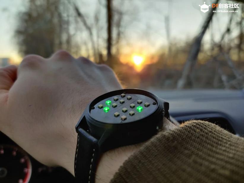 这块DIY墨水屏手表火了!外观可盐可甜,无线蓝牙计步闹钟一应俱全 | 开源qw17.jpg